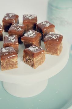Vanilla Fudge with Dulce de Leche and Sea Salt - TheChocolateBox.se