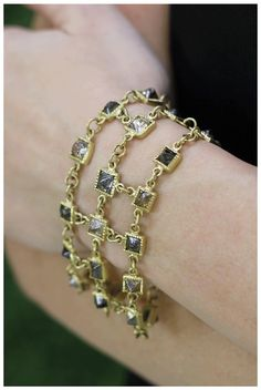 Todd Reed Octahedron diamond bracelet in 18k yellow gold. With 45.86 of diamond octahedrons.