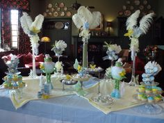 Festive Cake and Candy Displays That Put You In A Party Time Frame Of Mind