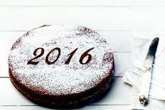 Vasilopita from Argyro Xmas Food, Christmas Sweets, Christmas Baking, Greek Sweets, Greek Desserts, Sweets Recipes, Wine Recipes, New Year's Cake, Pastry Art