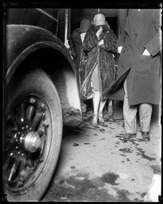 Myrtle Gorman, center, of 434 Roscoe Street, was the wife of Peter Gusenberg, a gang leader for George Chicago City, Chicago Tribune, Valentines Day Massacre, The Bonnie, Al Capone, Mug Shots, Bad Boys, Vintage Photos