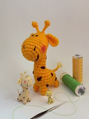This is the PDF file for the pattern of the little giraffe Gina.