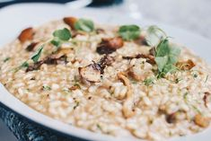 Vegan Risotto With Smoky Tofu and Dairy-Free Oat Cream Vegan Risotto, Barley Risotto, Tomato Risotto, Butternut Squash Risotto, Cauliflower Rice Risotto, Vegan Cauliflower, Risoto Vegan, Fish Recipes, Eating Clean