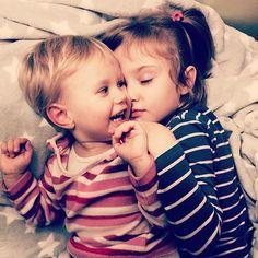 I can't live without their warm  #children #polishbaby #polishbabygirl #homesweethome #sleep #goodnight #ethearalandromantic #sisters #inlove #love #stars #eterycznairomantyczna #ethearal #romantic ⭐️❤️