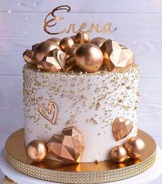 Elegant Birthday Cakes, Candy Birthday Cakes, Beautiful Birthday Cakes, Cake Decorating Frosting, Cake Decorating Designs, Birthday Cake Decorating, Crazy Cakes, Fancy Cakes, Bolo Glamour