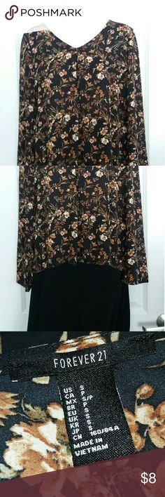 Forever 21 Trendy Floral Top Forever 21 Trendy Floral Top Size S. 70s inspired long sleeve top. Pairs well with jeans or a black skirt. Forever 21 Tops