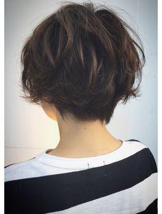 Short Hair Tomboy, Short Grunge Hair, Asian Short Hair, Short Brown Hair, Short Wavy Hair, Girl Short Hair, Short Hair For Women, Shot Hair Styles, Curly Hair Styles
