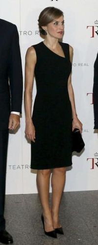 Doña Letizia wore a little black dress from Hugo Boss. Queen Letizia of Spain attends the opening of the Royal Theatre new season on September 22, 2015 in Madrid, Spain.