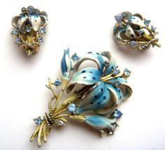 Брошь серьги Голубая Лилия эмали хрусталь 30 годы