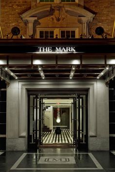Jet Set: The Mark Hotel (La Dolce Vita)