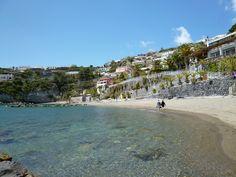 """Spiaggia, Giardini Termali  """"Miramare Sea Resort & Spa"""" (Hotel), Sant'Angelo, Isola Ischia,Italia (Maggio)"""