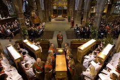 Choir sang plain song for the King.Haunting
