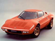 """Also nicknamed the """"Plastic Dart"""", the Bertone styled Lancia Stratos was a pure rally car whit the heart of a Supercar."""