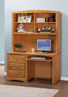 Truckee Natural Youth Desk And Hutch