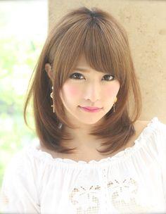耳かけミディアムヘアスタイル(kE-248) | ヘアカタログ・髪型・ヘアスタイル|AFLOAT(アフロート)表参道・銀座・名古屋の美容室・美容院
