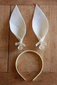 Como fazer orelhinhas de coelho com feltro passo a passo 06