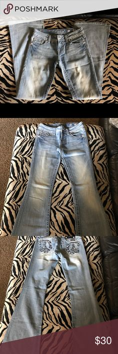 Miss Me Jeans Like new! Light wash flare jeans with detailed pockets. Miss Me Jeans Flare & Wide Leg