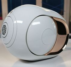 The Phantom Gold is a small but powerful high-fidelity speaker