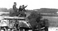 A Panther Ausf G operating near Normandy, 1944 Mg 34, D Day, Normandy, Panthers, Ww2, The Past, Military, History, Photography