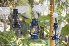 Casamento rústico. Casamento no campo. Decoração DIY. Decoração azul e amarela.  Rustic Wedding. Doily Bunting.