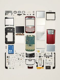 SMARTPHONE, 2007 In this image, the components are arranged in the order in which they were revealed in the disassembly process.