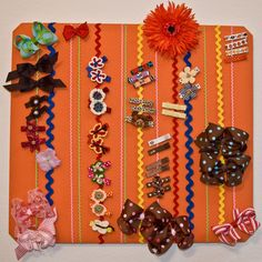girls bathroom idea for their hairclips/hairbows. Crafts To Make, Crafts For Kids, Diy Crafts, Hair Band Storage, Hair Product Storage, Girl Bathrooms, Organizing Hair Accessories, Girls Bows, Cool Baby Stuff
