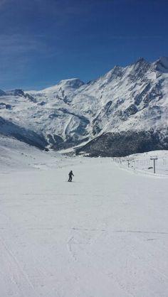 My girl in Saas Grund ♡ #swiss #saasgrund #saastal #hohsaas #snow #mountains #ski #snowboard