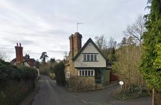 Village of Shere in Surrey - Location for The Earth Dies Screaming