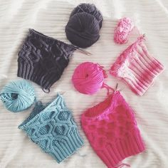 Knitting - works in progress - grey, blue and pinks!