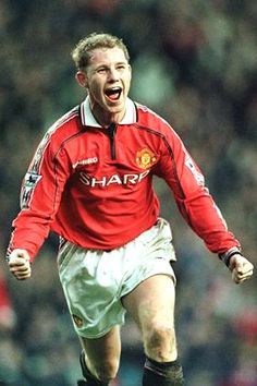 Nicky Butt - Manchester United players to score 10 or more Premier League goals in pictures