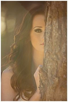 19 Ideas photography poses prom senior portraits for 2019 Senior Photography, Photography Tips, Portrait Photography, Wedding Photography, Couple Photography, Digital Photography, Beginner Photography, Friend Photography, Tree Photography