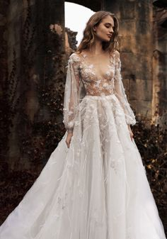 2015-16 SS Couture | Paolo Sebastian- Love the details and the bellowing sleeves!