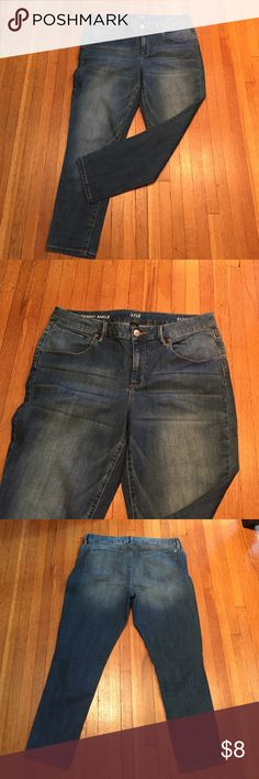 """a.n.a. A New Approach Jeans Skinny Ankle 31/12 These are in such nice condition.  Only worn once or twice.  From my smoke free and pet free home. Inseam is about 25.5"""". Ankle opening is 6"""". Waist is 31"""". a.n.a Jeans Skinny"""