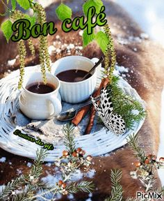 Bonjour Gif, Gif Café, Tu Me Manques, Coffee Heart, New Year Images, Happy Friendship Day, Good Morning Gif, Bon Weekend, Happy New Year 2020