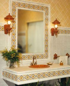 Browse our photos of Spanish Bathroom with mexican style. Find ideas and inspiration for your bathroom with Spanish-style and mexican-style to add to your own home. Decor, Spanish Style Bathrooms, Classic Bathroom, Mexican Tile Bathroom, Mexican Home Decor, Home Decor, House Interior, Classic Bathroom Design, Bathroom Design