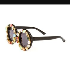 Katy Perry Prism Collection Festival Sunglasses Rare Katy Perry prism collection festival sunglasses. Super cute and fun! Accessories Sunglasses
