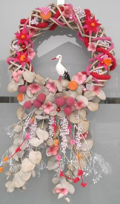 Diy Upcycling, Partys, Cool Diy Projects, Family Pictures, Halloween, Diy And Crafts, Christmas Wreaths, Floral Wreath, Baby Shower