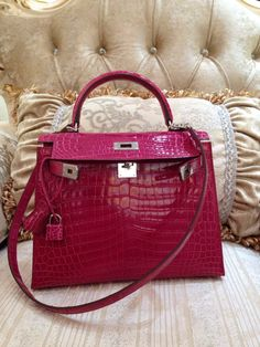bc527273642 Hermes Kelly Sellier Shiny Niloticus Crocodile Lisse Palladium Hardware Q  Engraved Stamp