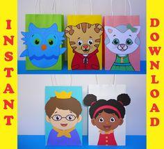 028ba7d500 Daniel Tiger  amp  Friends Favor Bags  DIY Daniel Tiger Party FAVOR BAGS   Party