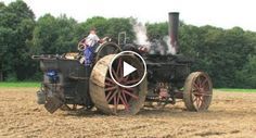 Tractor Plow, Steam Tractor, Antique Tractors, Vintage Tractors, Motor A Vapor, Steam Punk, Farm Lessons, Old Farm Equipment, Steam Engine