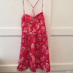 American Eagle Outfitters dress • size 6 Pretty American Eagle sundress • Size 6 • Worn only once • American Eagle Outfitters Dresses