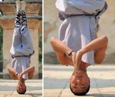 Shaolin Temple Monk Balances on His Head