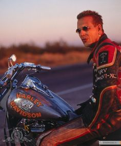 """Mickey Rourke """"Harley Davidson & the Marlboro man"""" Jesus lord help me he was a huge crush of mine before his unfortunate surgeries .still an amazing actor regardless. face doesnt change his talent Mickey Rourke, Harley Davidson Chopper, Harley Davidson News, Harley Davidson Motorcycles, Ducati, Malboro, Harley Davidson Merchandise, Marlboro Man, Stunt Bike"""