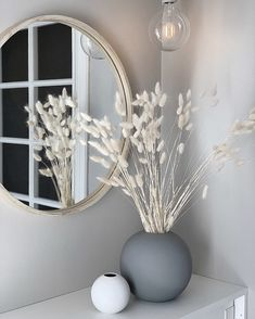Real Bunch Of 30 Dried Bunny Tails Stem Length: approx (size may vary slightly) Includes: 30 pieces. Vase not included. Home Room Design, Home Interior Design, Interior Decorating, House Design, Living Room Decor, Bedroom Decor, Flur Design, Aesthetic Room Decor, Home Decor Accessories