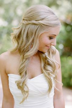 21 Wedding Hairstyles for Long Hair | Divine Caroline