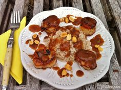 GREAT Coconut milk rice recipe! I won't use the sea scallops, but chicken should be a decent substitution, because ya know, I don't want to die.