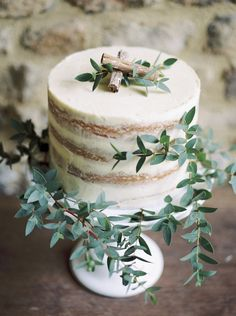 Elegant Rustic Single Tier Naked Wedding Cake // Photography ~ Theresa Furey