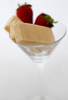 Khong Guan :  Strawberry Wafer.