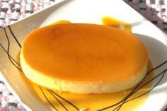 Easy Creme Caramel Flan Recipe classic dessert that everyone go crazy for, it's a simple put together as it is to it. Try this Creme Caramel Flan that gets you addicted into everyday snack. Philipinische Desserts, Filipino Desserts, Filipino Recipes, Dessert Recipes, Filipino Dishes, Filipino Food, Hispanic Desserts, Cuban Recipes, Mexican Dishes