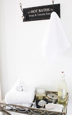 ... bathroom op Pinterest - Badkamerindeling, Wastafels en Badkamer kasten